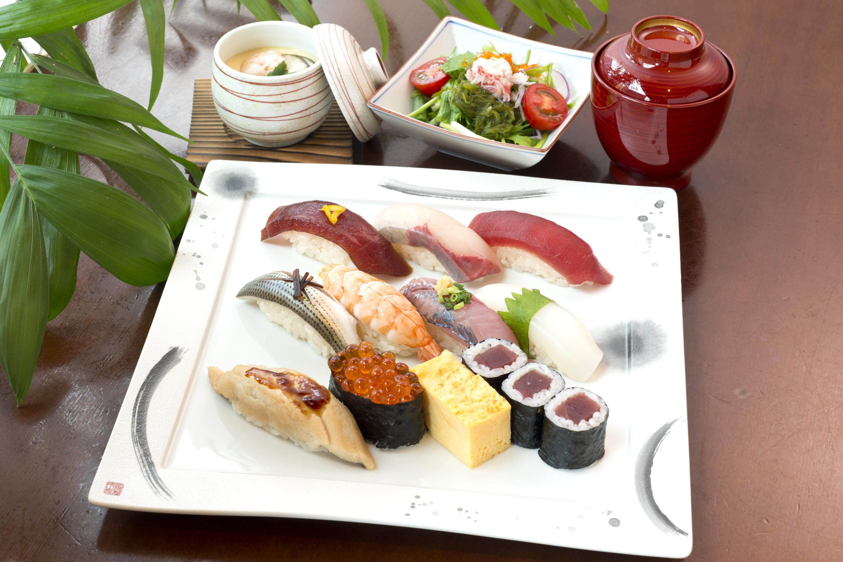 江戸にぎり(お椀・茶碗蒸・サラダ付)