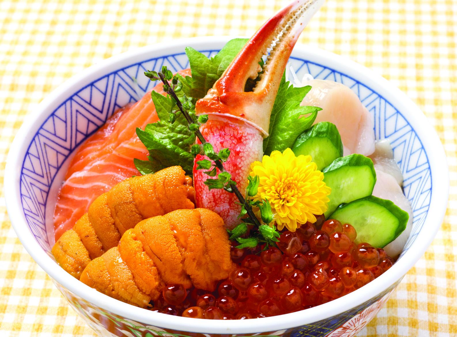 限定 海鮮丼(お椀またはうどん付)