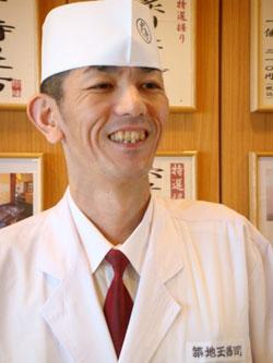 奈良智洋店長