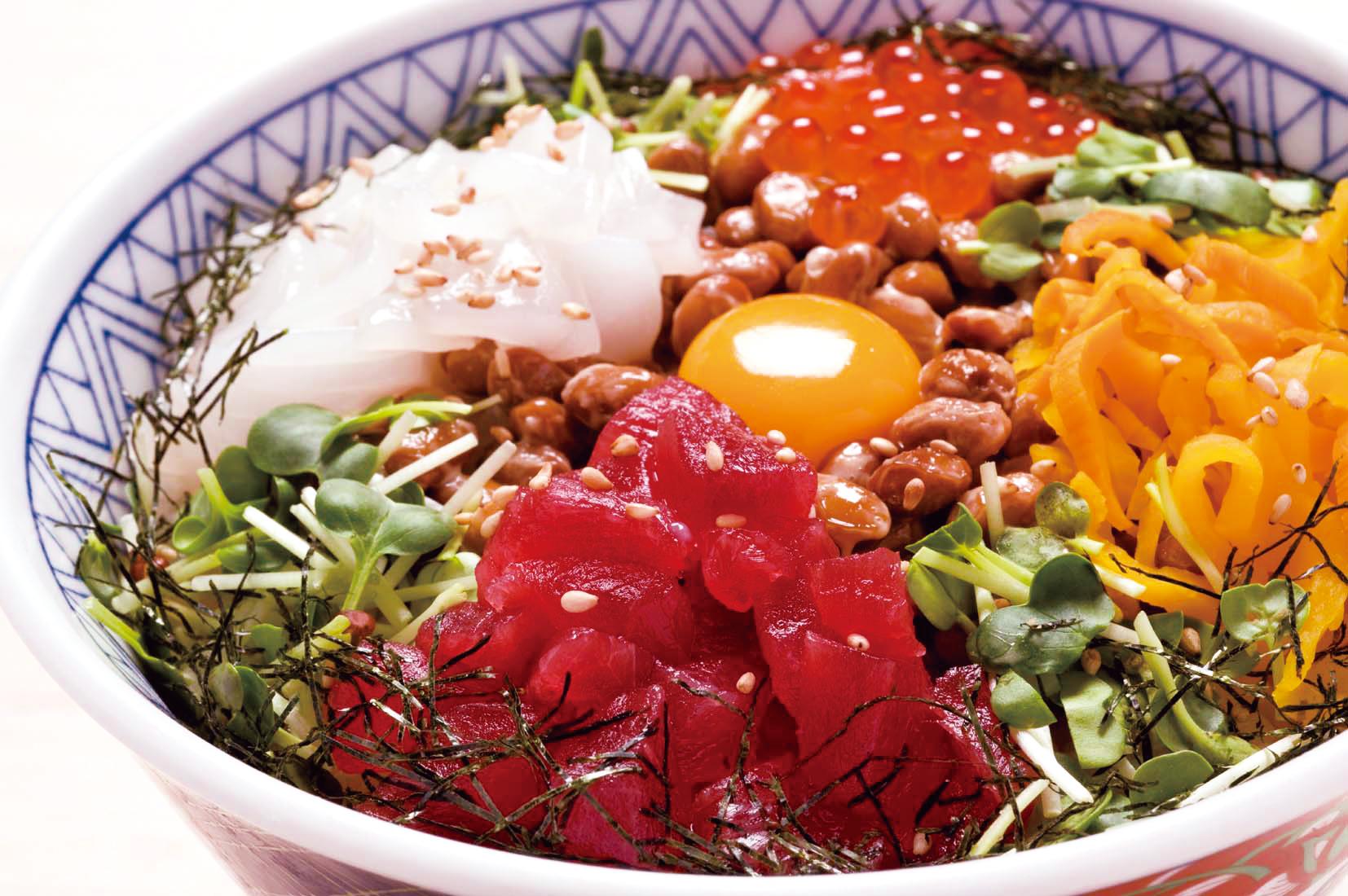 五色納豆丼(日替わりお椀付)