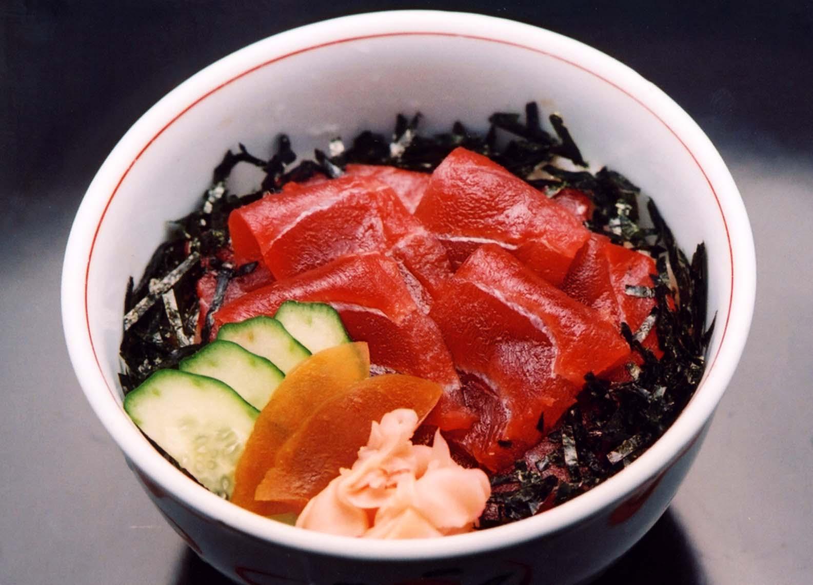 鉄火丼(お椀・茶碗蒸付)