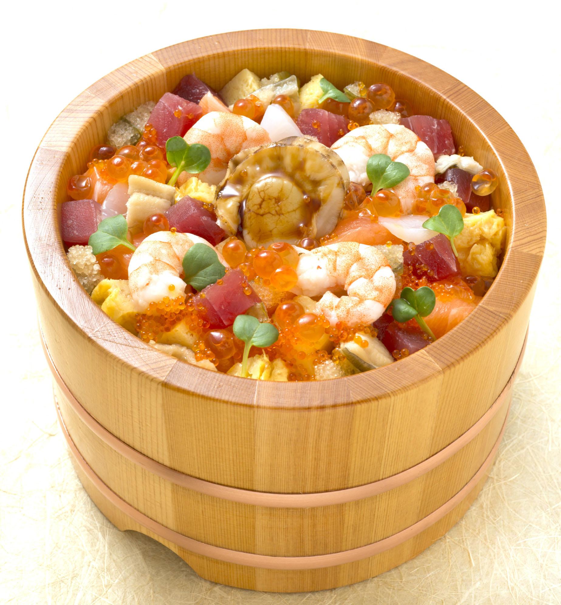 ばらちらし(お椀と有機野菜サラダ付)